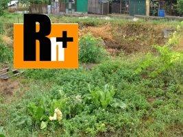 Pozemok pre bývanie Partizánske chatu, záhradku na predaj - 915m2