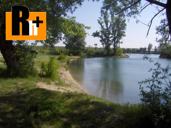 Foto Bratislava-Vajnory Vajnorské jazero pozemok pre bývanie na predaj - TOP ponuka