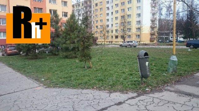 Foto Na predaj pozemok pre komerčnú výstavbu Žilina Vlčince - znížená cena