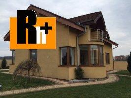 Rodinný dom na predaj Vlčkovce - s garážou