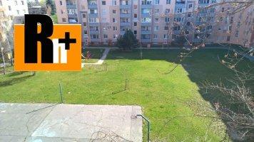 Na predaj Trnava Tehelná 4 izbový byt