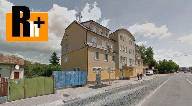 Foto Bratislava-Vrakuňa Hradská garzónka na predaj - dvojgarzónka
