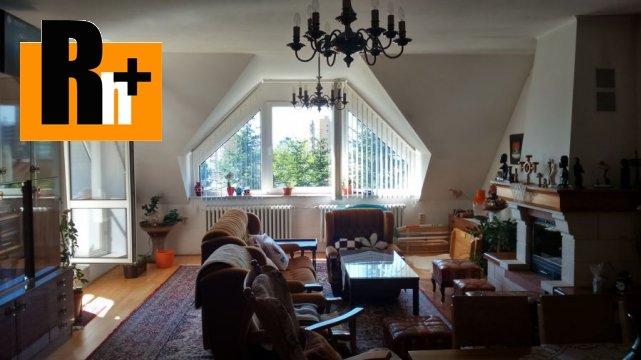 Foto Na predaj 5 a viac izbový byt Trenčín centrum Partizánska - s garážou