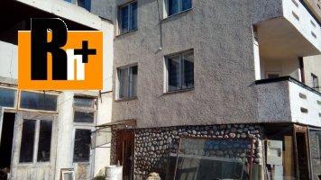 Na predaj Levoča Ovocinarska rodinný dom - s garážou