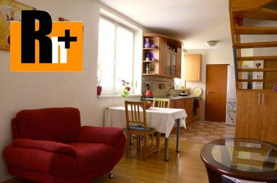 Foto Na predaj 3 izbový byt Bratislava-Staré Mesto Zochova - rezervované