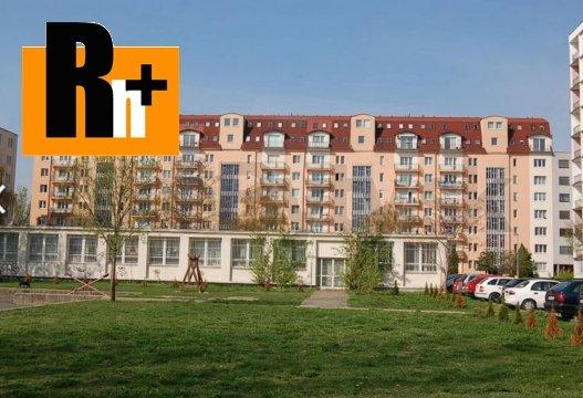 Foto Na predaj Bratislava-Ružinov Astrová 3 izbový byt - rezervované