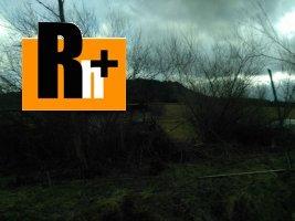 Osádka pozemok pre bývanie na predaj - exkluzívne v Rh+