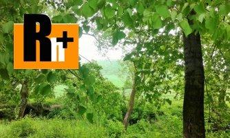 Poprad - Jánovce na predaj pozemok pre bývanie - exkluzívne v Rh+