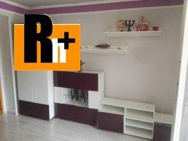 Na predaj Čierna nad Tisou . 2 izbový byt - s balkónom