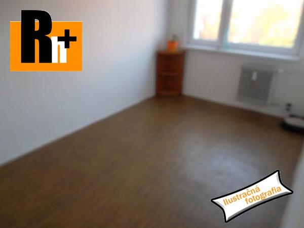 Foto Na predaj 3 izbový byt Veľké Kapušany . - s balkónom