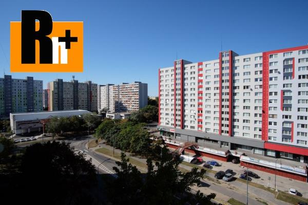 Foto Na predaj 2 izbový byt Bratislava-Petržalka dobre dispozične riešený, Osuského