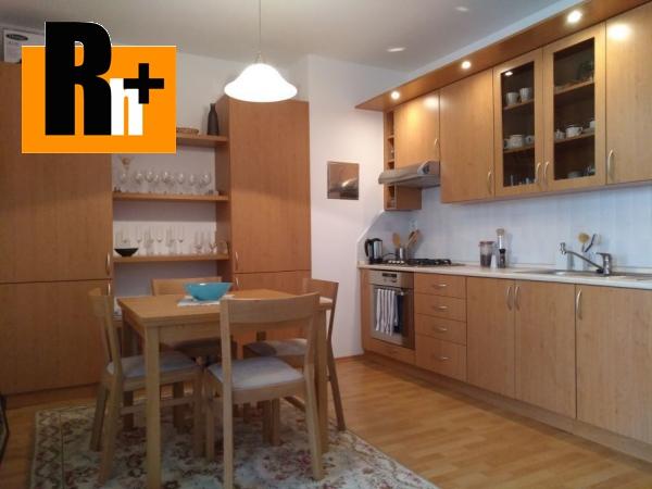 Foto Na predaj Bratislava-Petržalka Rusovská cesta 2 izbový byt - exkluzívne v Rh+