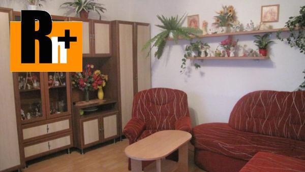 Foto 2 izbový byt Dubnica nad Váhom centrum na predaj