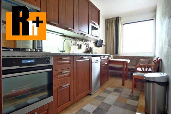 Foto Na predaj Bratislava-Petržalka Romanova 3 izbový byt - TOP ponuka