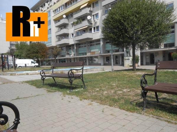 Foto 3 izbový byt na predaj Bratislava-Staré Mesto námestie Martina Benku + 2 PARKOVACIE STÁTIA - 147m2