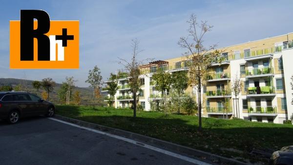 Foto Bratislava-Nové Mesto Tupého , s garážovým státím a so záhradkou na predaj 3 izbový byt - TOP ponuka
