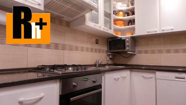 Foto Na predaj Bratislava-Petržalka Humenské námestie 4 izbový byt - rezervované