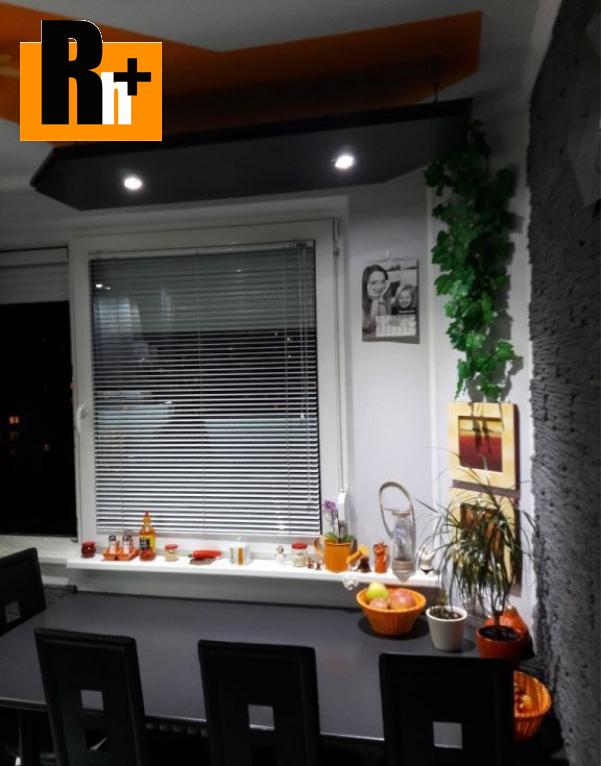 Foto 3 izbový byt Bratislava-Dúbravka Homolova na predaj - zrekonštruovaný