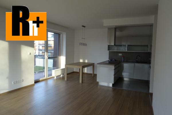 Foto Na predaj 3 izbový byt Bratislava-Petržalka Slnečnice s garážovým státím, - s terasou