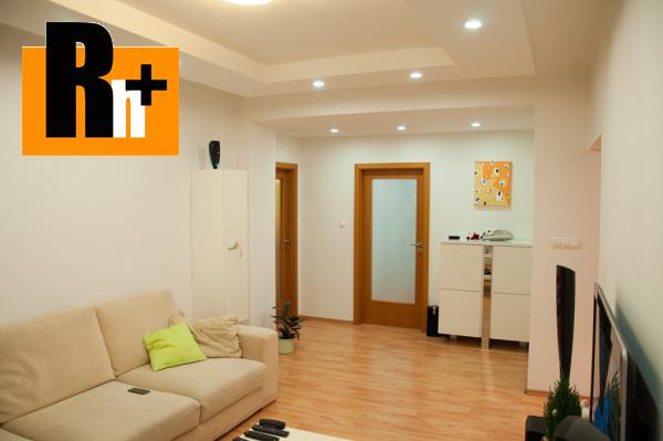 Foto Na predaj Bratislava-Ružinov Uránová 3 izbový byt