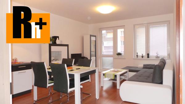 Foto Na predaj Bratislava-Petržalka Vyšehradská 2 izbový byt - rezervované