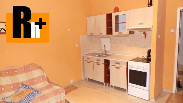 Foto Na predaj Bratislava-Petržalka Gessayova 2 izbový byt - exkluzívne v Rh+