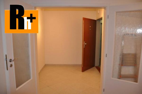 Foto Bratislava-Ružinov Trnávka- s GARÁŽOVÝM STÁTÍM v cene, na predaj 2 izbový byt - 63m2