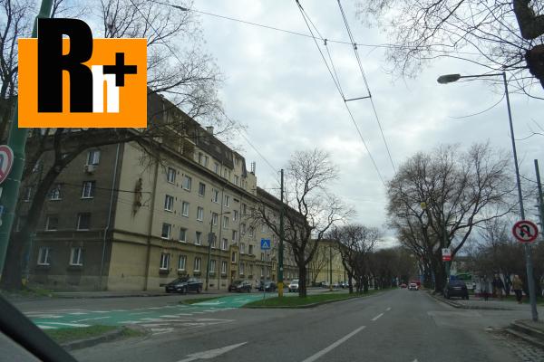 Foto 2 izbový byt na predaj Bratislava-Ružinov Trenčianska-Ružová dolina - zrekonštruovaný