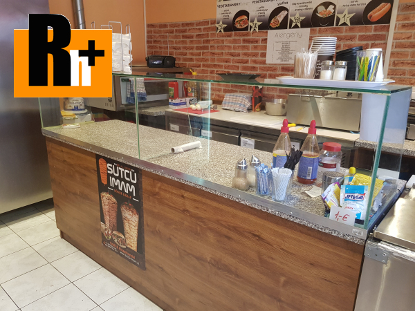 Foto Rajecké Teplice -námestie obchodné priestory na predaj - znížená cena o 11000€