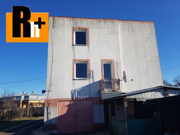 Foto Veľké Raškovce . rodinný dom na predaj - s garážou