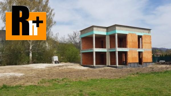 Foto Na predaj rodinný dom Teplička nad Váhom -