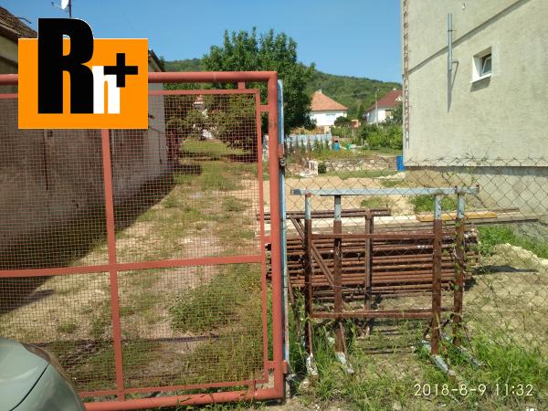 Foto Horné Orešany Horné Orešany zastavané plochy a nádvoria na predaj