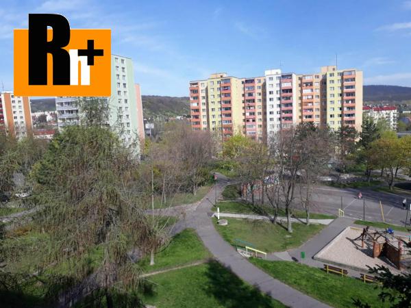 Foto Bratislava-Dúbravka Červeňákova 5 a viac izbový byt na predaj - TOP ponuka