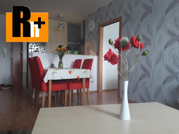 Foto Bratislava-Dúbravka Agátová na predaj 2 izbový byt - rezervované