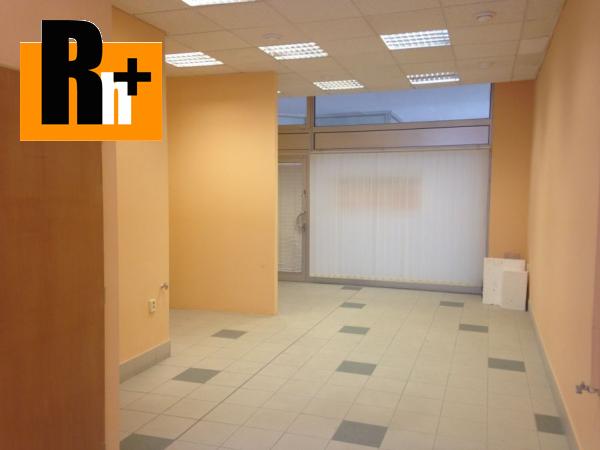 Foto Obchodné priestory Bratislava-Staré Mesto Námestie Martina Benku na predaj -