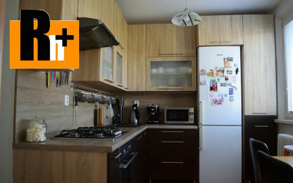 Foto Bratislava-Podunajské Biskupice Estónska 4 izbový byt na predaj - zrekonštruovaný