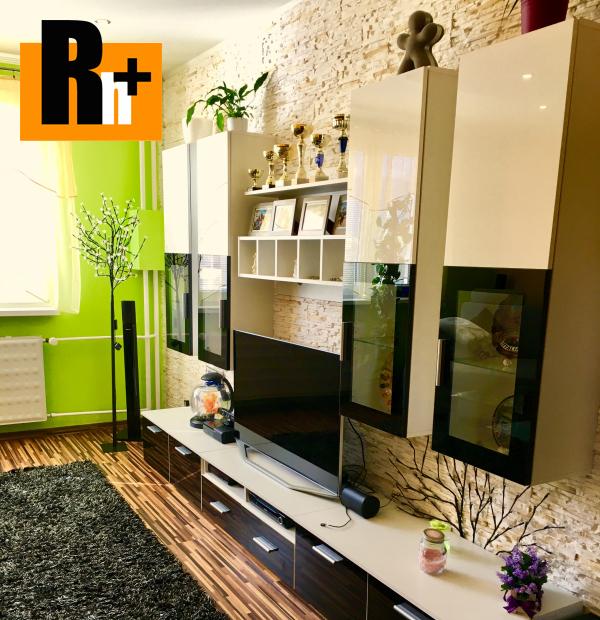 Foto Na predaj Rajec Holleho 3 izbový byt