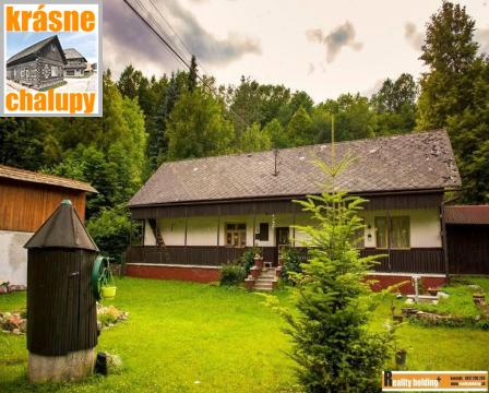 Foto Chalupa Valaská Belá s rozsiahlym pozemkom na predaj - znížená cena