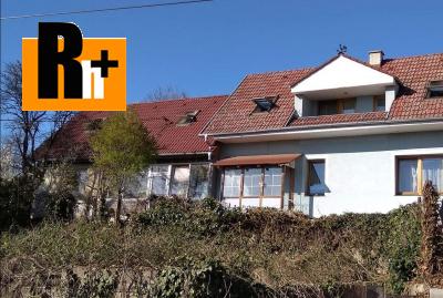 Čachtice na predaj rodinný dom - s garážou