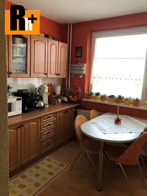 Foto Kežmarok na predaj 3 izbový byt - s garážou