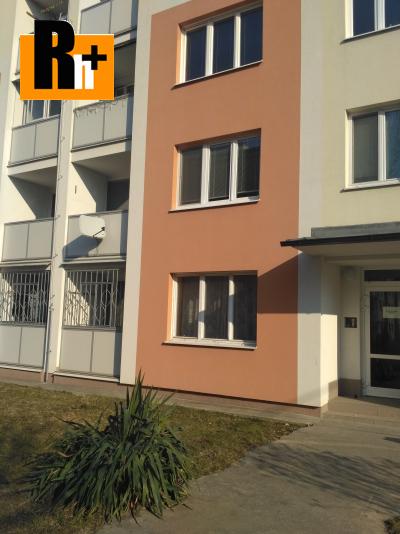 Trenčín Sihoť Hodžova 3 izbový byt na predaj - zrekonštruovaný