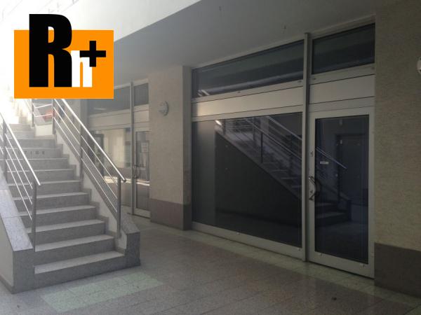 Foto Bratislava-Staré Mesto Námestie Martina Benku obchodné priestory na predaj - TOP ponuka