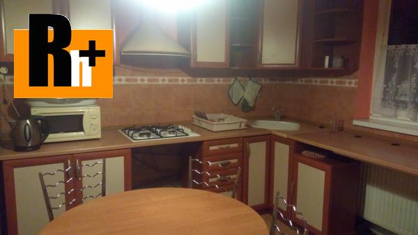 Foto Na predaj 3 izbový byt Kráľovský Chlmec Fábryho - s balkónom