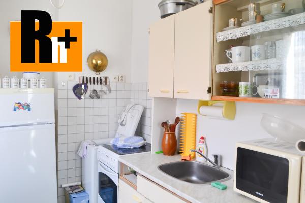 3. obrázok 2 izbový byt na predaj Liptovský Hrádok Fraňa Krála - s balkónom