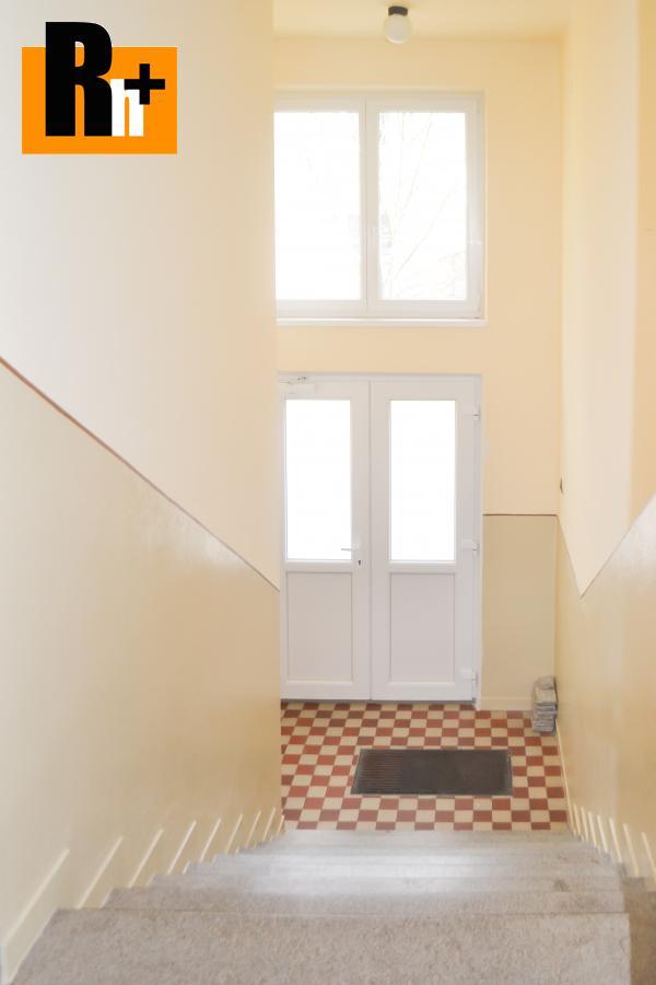 8. obrázok 2 izbový byt na predaj Liptovský Hrádok Fraňa Krála - s balkónom