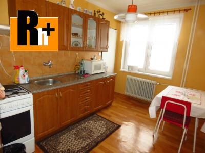 Na predaj 3 izbový byt Liptovský Peter okraj obce - tehlová stavba