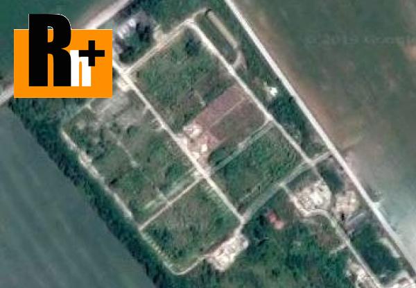 Foto Pozemok pre komerčnú výstavbu Ivanka pri Nitre na predaj - 120000m2