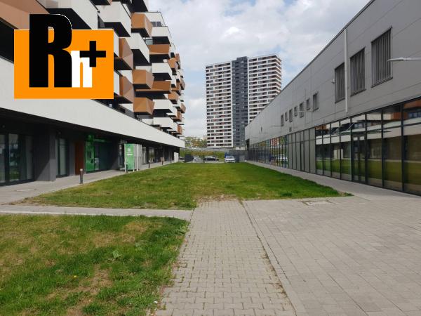 2. obrázok Obchodné priestory Bratislava-Petržalka Muchovo námestie na predaj - TOP ponuka
