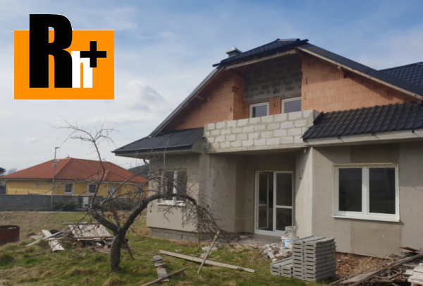 Foto Na predaj Plavecký Mikuláš Hlavná rodinná vila - TOP ponuka