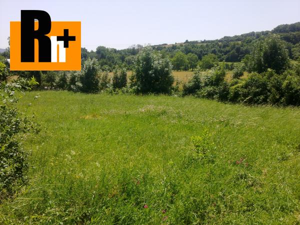 Foto Chocholná-Velčice pozemok pre bývanie na predaj - exkluzívne v Rh+